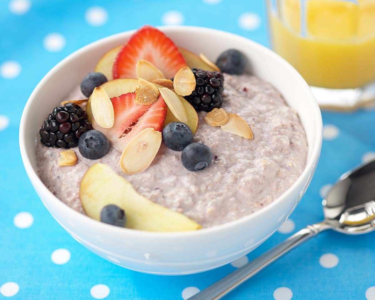 Porridge with Organic greek yoghurt and fresh fruits